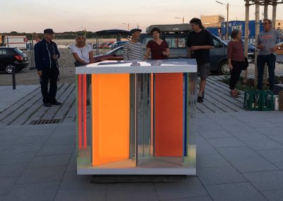 LightCube in front of Kindergarten dusk colours